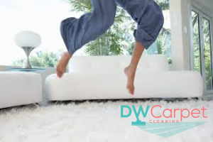 rug-cleaning-Dw-Carpet-Cleaning-Singapore