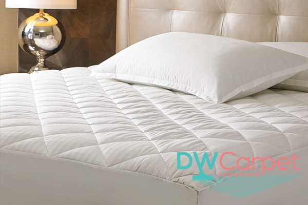 mattress-cleaning-dw-carpet-cleaning-singapore-2