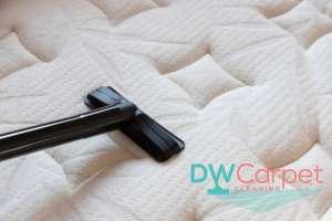 vaucuum-mattress-mattress-cleaning-dw-carpet-cleaning-singapore